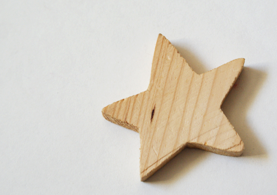 Diy how to make mountain jewellery inspired by twin for Make wooden craft ideas