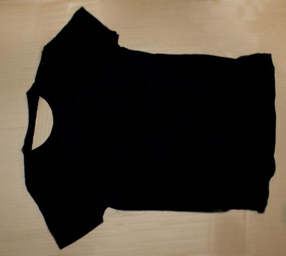 Diy how to dye t shirts with bleach miss v viola for Bleach dye shirt instructions