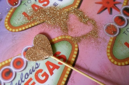 how to make cardboard and glitter cake toppers photobooth accessories diy