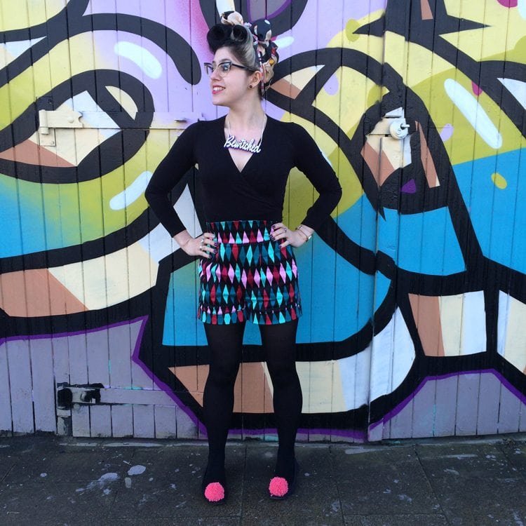 bewitched retro style vintage outfit victory rolls quirky fashion blogger