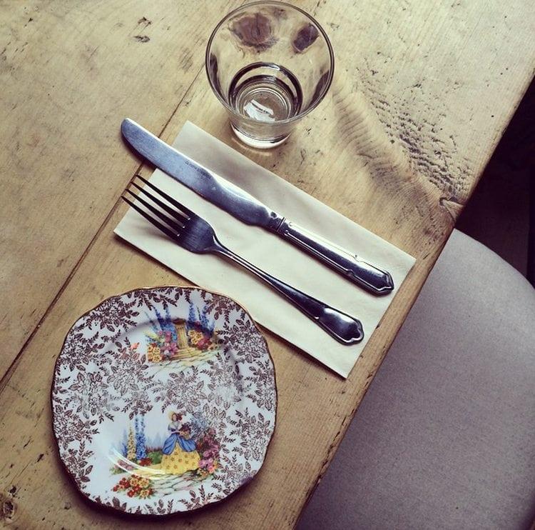 vintage plates wedding reception venue edinburgh maison bleue edinburgh