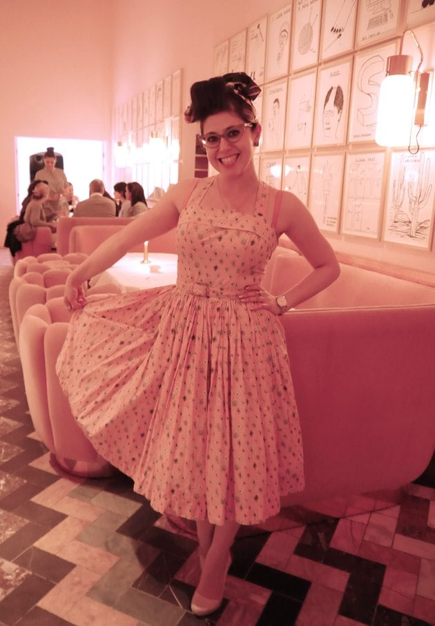 1950s style blogger retro pin up girl uk