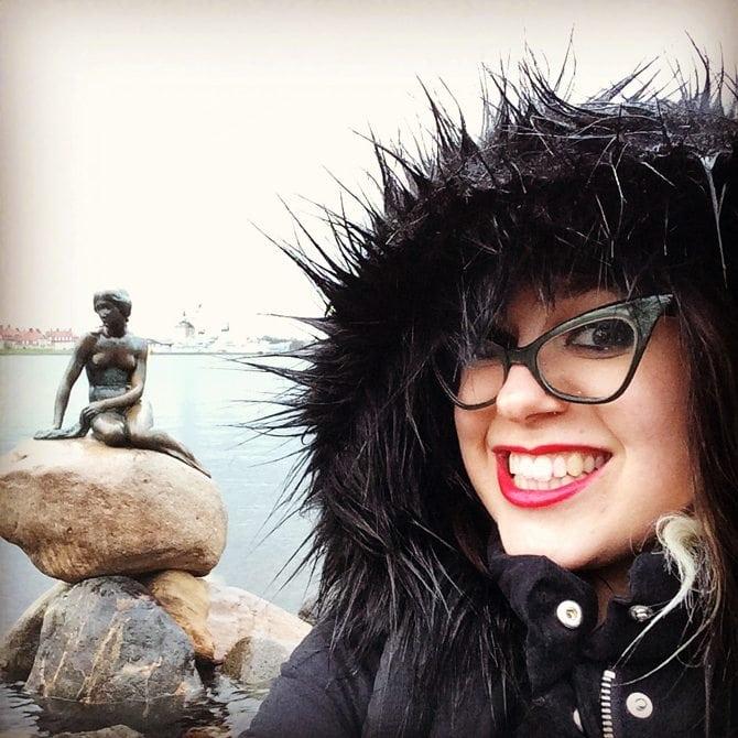 the little mermaid copenhagen things to do blog post