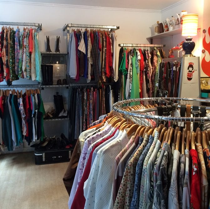 retrospect aberdeen vintage shop