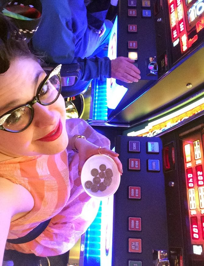 vintage slot machine wing tip glasses cat eye glasses retro fashion outfit of the day