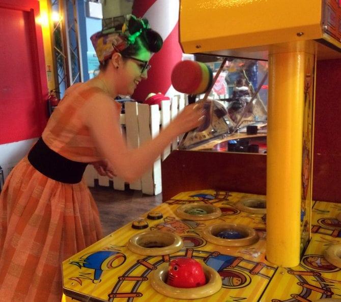 whack a mole vintage retro arcade fun fair game